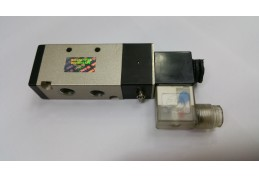 2 Position 5 Port Single Solenoid Valve  - AC110V 1/4""